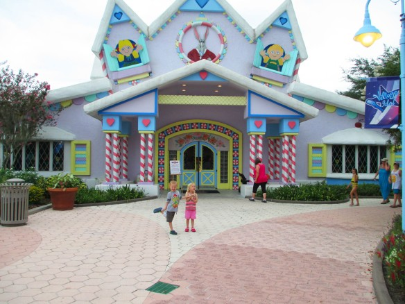 GKTW Gingerbread House